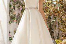 Wedding Dress: Hi Low