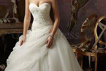Dream wedding♥ / by Renee Boneski
