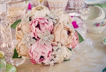 Glitz: A Glam Bride & Wedding