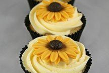 Desserts/Cakes / by Rachel Murphy