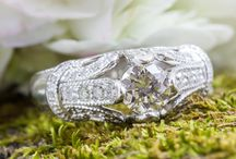 Engagement Rings / Beautiful Engagement Rings.  Modern. Vintage. Custom
