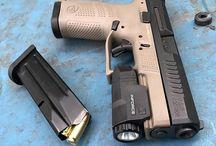 CZ P10 gun