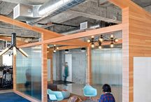 Office Spaces / by Chanel Ye