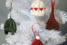 Knitted hats for xmas tree