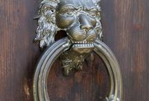 Türklopfer / door knocker / Gesammelte Türklopfer aus D und Italien