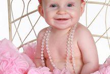 Newborn Photography, infants and babies, Ponce's Portraits - www.poncesportraits.com / Elk Grove Portrait Photographer www.poncesportraits.com