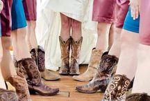 Wedding idea's / by Ashlee Roundtree