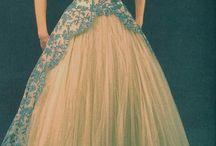 Things Vintage! Yesss! / by Carol Anaya