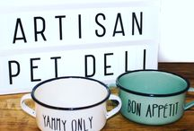 Stylish pet bowls and feeding accessories / A hand-picked selection of dog and cat bowls.