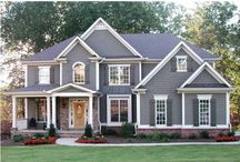 Home exterior colors / by Annie Porthan