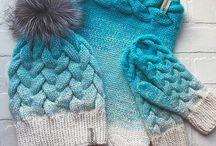 pletené čepice měnící barvu + nákrčníky