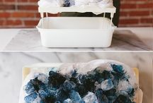 Fabric Dyeing Techniques / Hand dyed fabric techniques, DIY inspiration, Shibori