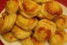 sajtos krumplis pogàcsa