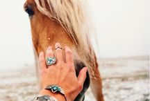 JEWELLERY / JEWELLERY - INSPIRATION FOR PHOTO SESSION WITH HORSES