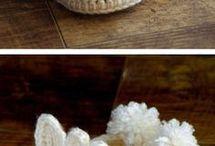 Sapatinhos crochê