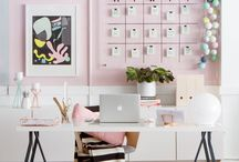 #GirlBoss Office