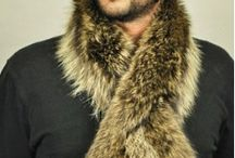 Raccoon fur scarf for MEN / This authentic, warm and soft raccoon fur scarf will never age. Fur is on both sides, has authentic natural color & Inner polyester lining.