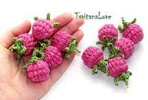 crochet berries