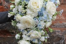 Blue flowers  @ Chirpee Flowers by Steph Willoughby / A collection of images and advice about choosing blue flowers mostly for weddings and events