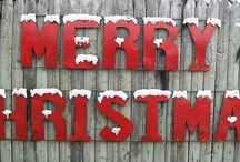 Christmas Decor / Rustic recycled metal and iron decor for your Christmas decorating ideas