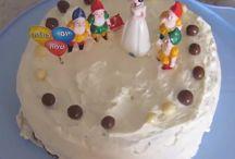 עוגות יום הולדת / השלימו את החגיגה עם  עוגת יום הולדת תואמת לנושא שבחרתם.