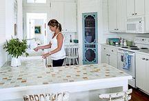 Kitchen Envy~ / by Tara {blondiensc}