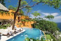 Extravagant Villas in Mexico / Luxury villas for rent in Puerto Vallarta, Punta Mita, Cabo San Lucas, Huatulco, Riviera Maya, Cancun, San Miguel Allende, and other destinations in Mexico. #mexico #luxury