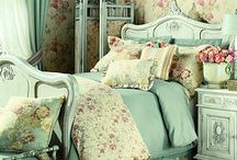 Shabby Chic Decor / by Christine Jarvis