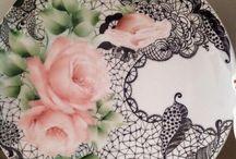 pittura su porcellana