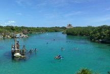 シェルハ海洋公園 Xelha / ジャングルのセノーテからの湧き水がカリブ海に流れ込むことによりできたラグーン。