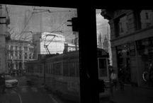 Milano vista dal tram / 17 linee di tram; 17 percorsi; 17 volti di Milano...parte da qui l'idea di realizzare una mostra su Milano, per darle un volto, perchè Milano non è solo forma, ma anche sostanza. A sostegno di questa iniziativa, c'è il progetto di crowdfunding, le cui modalità di adesione sono descritte sul sito www.produzionidalbasso.com/project/milano-vista-dal-tram.