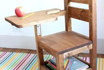 school desk / chair