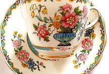 Tea for two / Gloriously fine china with blooms, gold and eccentricity