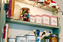 retro kitchen / by Pat Guidry