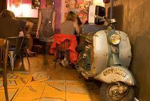 Bars à concerts / La sélection Time Out Paris des meilleurs bars à concerts de la capitale. ♪ Tonight is gonna be a goooood night ♫