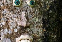 Ceramic tree face