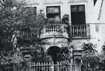 Casas de escritores / Casas de escritores cuyas obras se pueden encontrar en Uniliber: Libros y Coleccionismo.