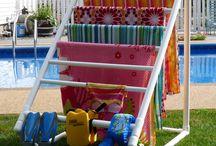 Swimming pool rack