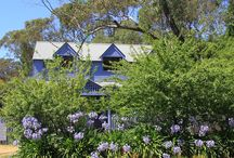 Lavender Manor, The Blue Mountains - Girls Getaway / Very spacious yet warm in character, this gorgeous house offers beautifully comfortable beds with crisp white sheets. With a hot spa, treatment rooms on site and so many sofas around the fire this really is the perfect venue for a girls getaway in style. Located about 3kms from Blackheath village. All your needs have been thoughtfully considered and although fully self contained we can also arrange catering on site to spoil you further.