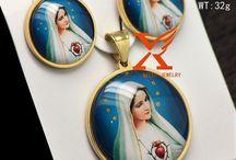 Wunderschöne Edelstahl Set Anhänger und Ohrringe Virgin Mary 12,90 Euro