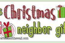 Christmas gift giving / by ♔†PICKED FOR YOU Eℓɨzaℬetɦ Lane-Allen †♔