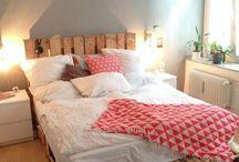 postel z palet