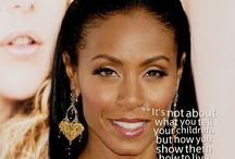 Motherhood / Celebrity Moms and their experiences, moments and thoughts on motherhood.