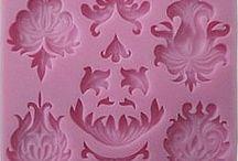 Silikónová formička-ornament viac na www.namarcipan.sk
