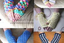 Hooling--gloves