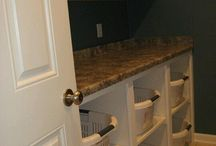 Laundry room ideas / Design and organization ideas for laundry space or rooms