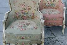 Seats & Sofa's