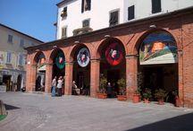 Peccioli / http://www.valderatuscany.com/peccioli/