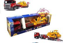 Bruder Scania R-Serisi Caterpillar Bulldozerli Tır 03555 scania tır oyuncak bulldozer bruder tır