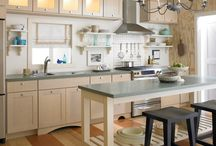 Cottage Kitchen / Sometimes kitchens are grand and opulent but these kitchens are cozy and warm and exclude a sense of comfort and family. Curl up and take a look.